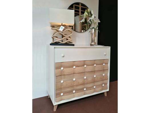 Tuesta Dormitorio Chester Roble Macizo Nordico Vintage Laca Comoda