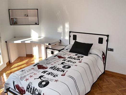 Tuesta Dormitorio Juvenil Rock Personalizado Pino Blanco 1