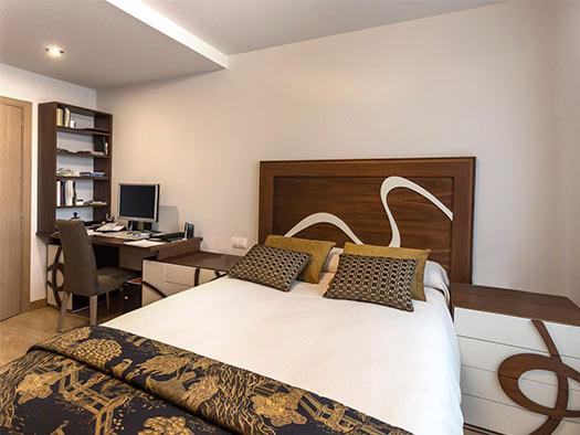 Tuesta Dormitorio Vesania Diseo Nogal Laca Moderno Conjunto Mesa Estudio
